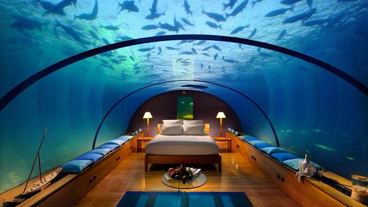 underwater restaurants undersea dining world first living seas hydropolis hilton maldives. Black Bedroom Furniture Sets. Home Design Ideas