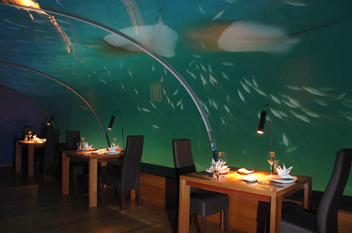 Underwater Restaurants Undersea Dining World First